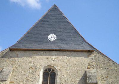 Eglise de COURTENAY (89) Pignon en ardoises clouées sur support voligé